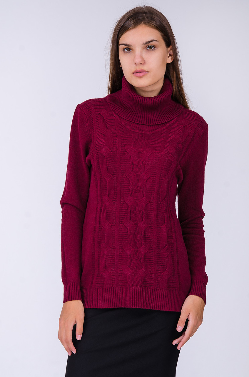 Женский свитер объемной вязки