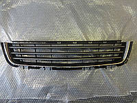 Решётка переднего бампера центральная с хромом GM 1400417 13247248 13238553 OPEL Astra-H 4/5 door с 2007 года