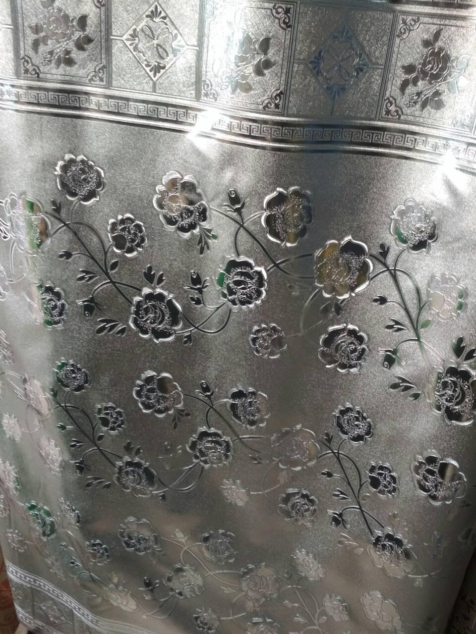 Клеенка ПВХ на тканной основе чеканная  серебро 8095в