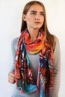 Модный шарф в яркий прин