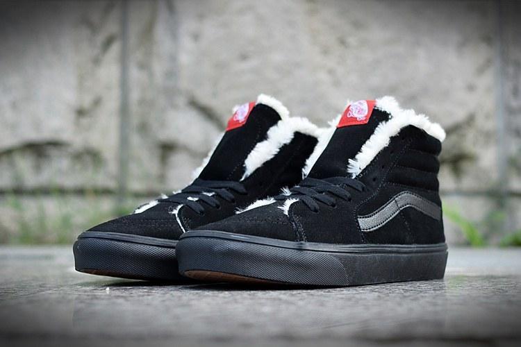 ffcc8f57033b Vans Old School Suede Black С МЕХОМ. Зимние кроссовки ванс. Интернет  магазин обуви. Стильные ...