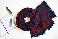 Теплый шарф в мелкую клетку
