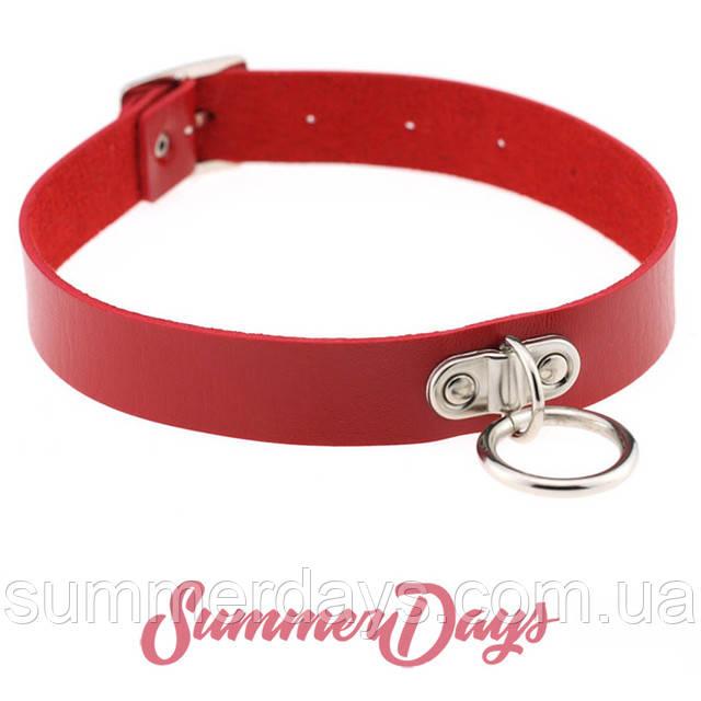 Красный чокер с висящим кольцом