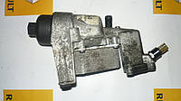 Корпус масляного фильтра Renault Trafic / Vivaro 2.5dci 06> (OE RENAULT 8200709764)