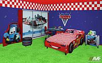 Детская комната Тачки для мальчика (7 элементов мебели: шкаф-купе, кровать, стол, тумба, вешалка, кресло, пуф) ТМ AMF