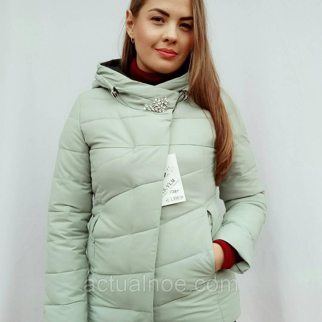 Куртка женская зимняя брошка комбинированная  продажа, цена в ... b1cd6bf5c2f