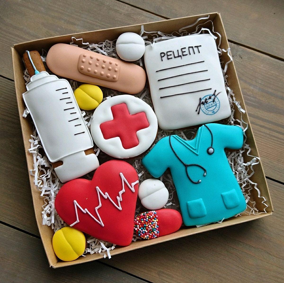 Пряники подарки медработникам. Пряники для врачей