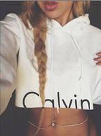 Стильная белая укороченая кофта с капюшоном c надписью Calvin Klein