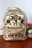 Рюкзак с кнопками золотой золото