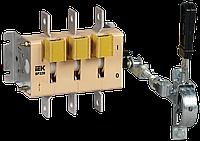 Выключатель-разъединитель ВР32И-35A31240 250А передняя рукоятка IEK