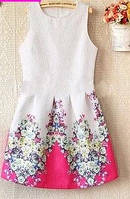 Платье Белое с цветочным принтом летнее