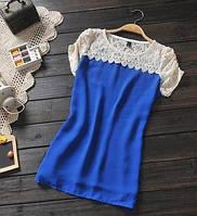 Женская универсальная синяя кофточка с кружевом на плечах