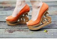 Туфли на деревянной танкетке платформе c открытым носком