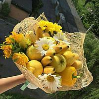 Фруктовый букет желтого цвета(бананы,лимоны,перец)