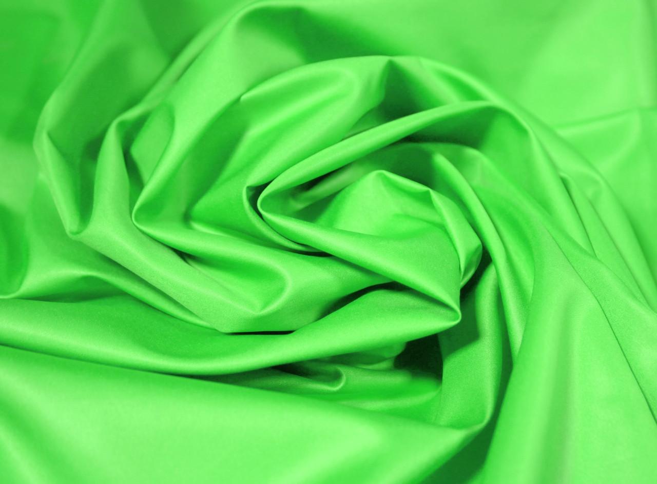 Плащевая ткань лаке ярко- салатовая