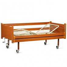 Медична трисекційна дерев'яне ліжко з механічними регулюваннями OSD-94
