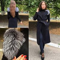 Женская модная жилетка с натуральным мехом чернобурки.