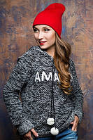 Женская красная шапка в спортивном стиле 17080