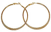 Серьги - кольца рифлёные, цвет-позолота, диаметр: 6 см, ширина: 4 мм.