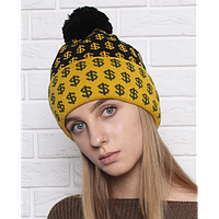 Женская трикотажная шапка с помпоном