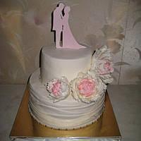 Нежный свадебный торт с пионами