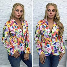 Эффектный пиджак с отложным воротником и длинными рукавами