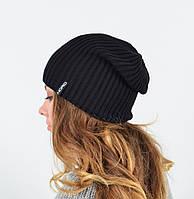 Черная вязанная шапка унисекс