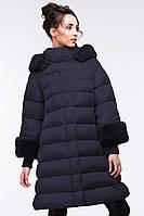 Темно-синее молодежное зимнее женское пальто