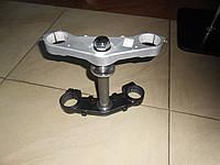Траверс вилки верхний нижний Loncin 250-2A GP RE250