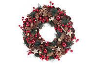 Венок новогодний из шишек и ягод 43 см