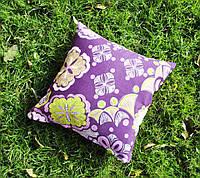 Подушка декоративная 40х40см. Цветы на фиолете.