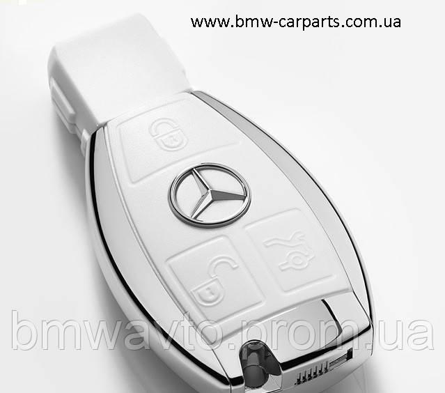 Флешка Mercedes-Benz USB-Stick, 8 GB
