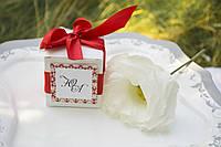 Свадебная бонбоньерка от молодоженов гостям