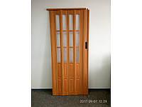Двери гармошка полуостеклённая вишня