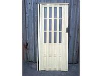 Двери гармошка полуостеклённая сосна