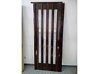 Дверь гармошка остеклённая орех башенка