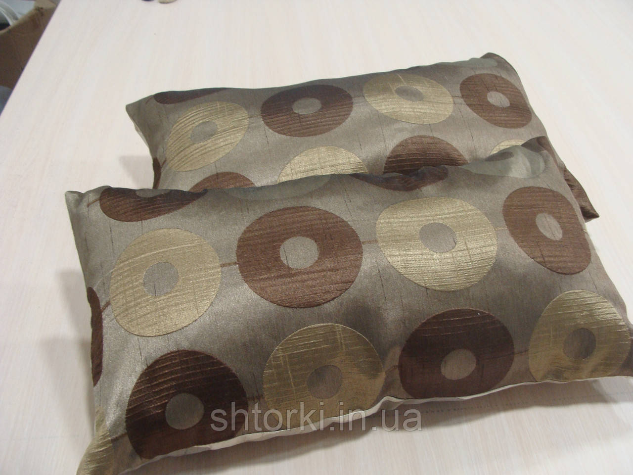 Комплект подушек  2шт коричневые Диско 55х30см