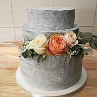 Лучший свадебный торт  в сером цвете