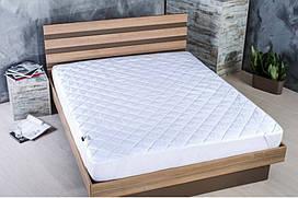 Наматрасник Comfort с резинками по углам (60/120см)
