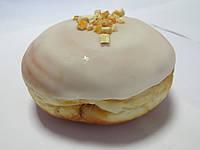 """Пончик """"Абрикос"""" в сахарной глазури с цукатами"""