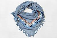 Молодежный платок в стильные принты