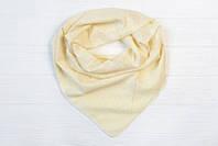 Однотонный  женский платок кремового цвета