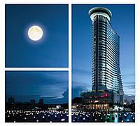 Модульная картина луна над городом