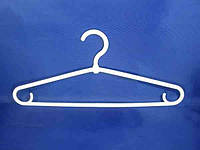 Белые пластмассовые плечики вешалки 41см зимние для верхней одежды