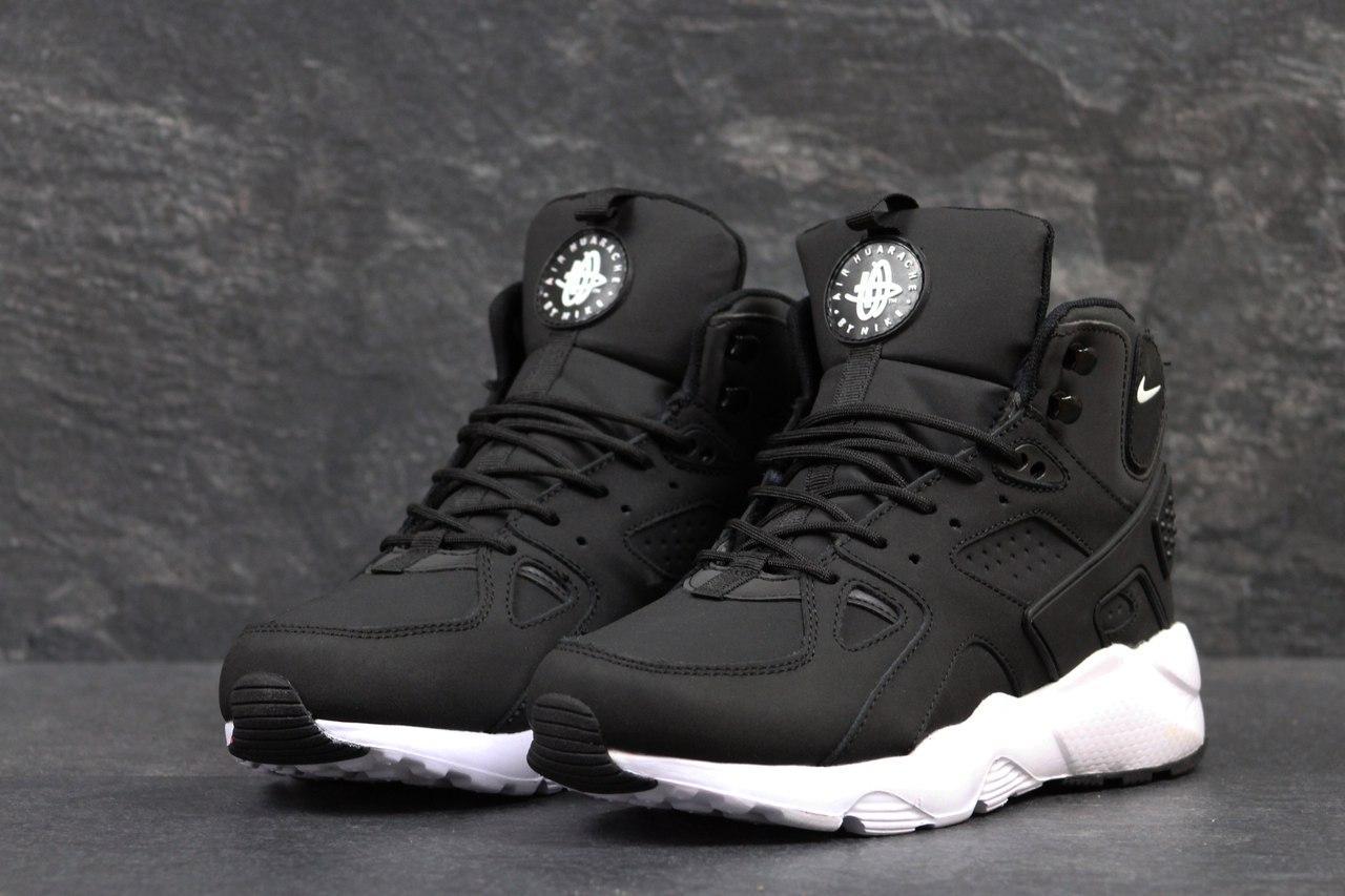 Ботинки мужские Nike Air Huarache Winter (черно-белые), ТОП-реплика