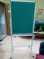 Флипчарт для мела 75х100 см на подставке двухсторонний на колесах