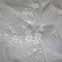 Тюль в мелкий цветочек в стиле шебби шик кремовая