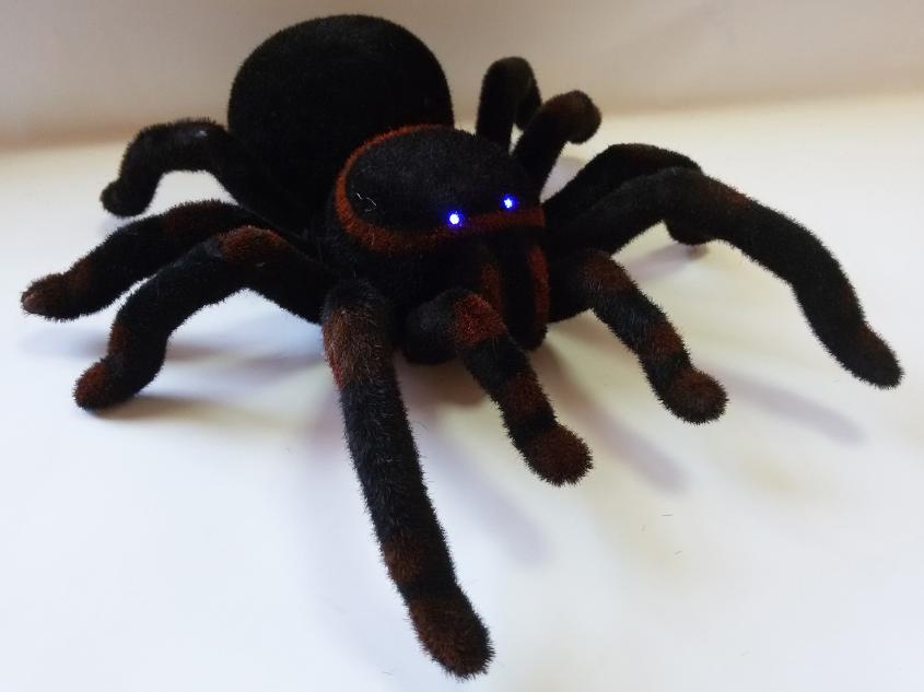Игрушка паук 781 на р/у +свет. Тарантул