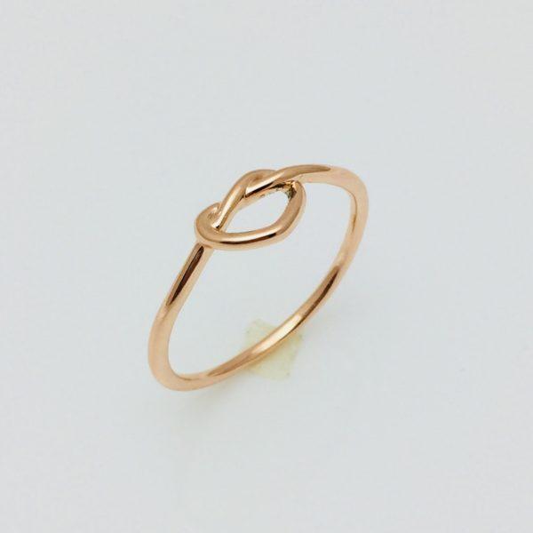 Женское кольцо Плетенное сердце, размер 19 ювелирная бижутерия