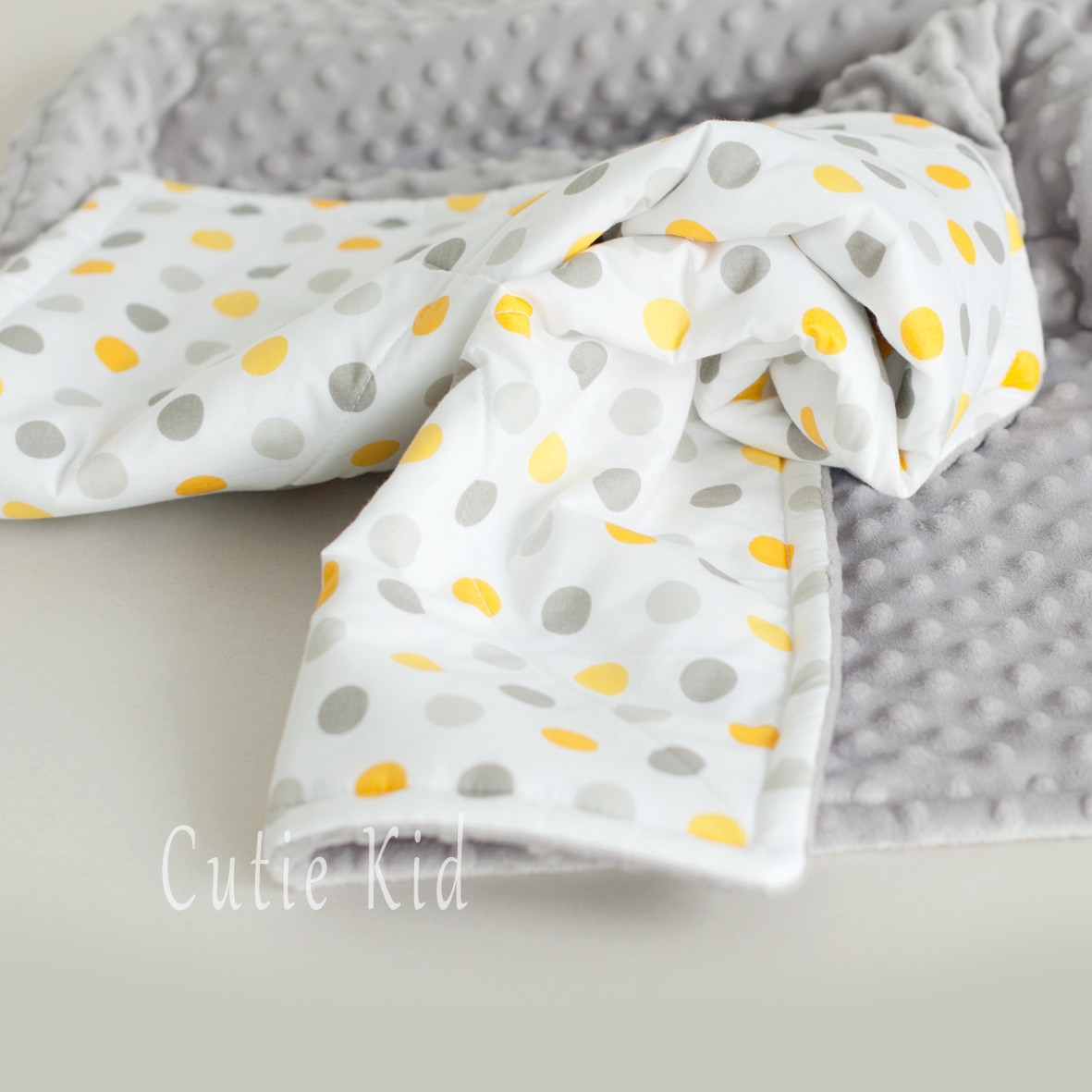 "Одеяло, плед для новорожденного ""Yellow Dots"""